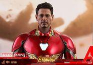 Iron Man IW Hot Toys 21