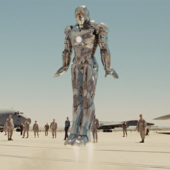 Rhodes llega a la base de la Fuerza Aérea con el Mark II.