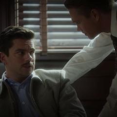 Stark es interrogado por Thompson.