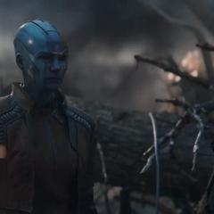 Nebula de 2014 se reúne con Thanos tras la destrucción del Centro de los Nuevos Vengadores.