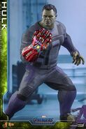 Hulk Nano Gauntlet Hot Toys 3