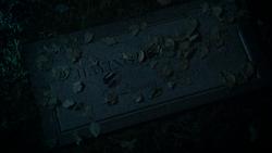 Jiaying Grave