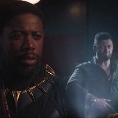 T'Chaka le habla a N'Jobu sobre el Ataque a Wakanda.
