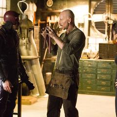 Murdock y Elektra visitan a Potter.
