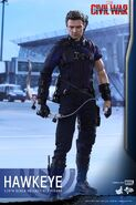 Hawkeye Civil War Hot Toys 4