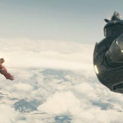 Rhodes y Stark volando alrededor de Novi Grad.