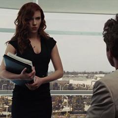 Romanoff recibe halagos por Stark.