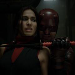 Murdock le da una última oportunidad a Elektra.