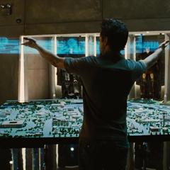 Stark investigando acerca de la cura de su envenenamiento.