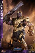 Endgame Thanos Hot Toys 13