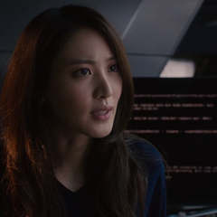 Cho interroga a Stark respecto a Ultrón.