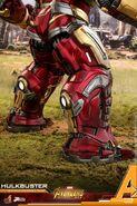 Hulkbuster Infinity War Hot Toys 16
