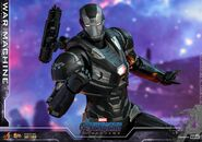 Endgame War Machine Hot Toys 16