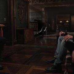 Strange hace un trato con Thor.