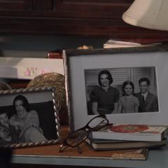 Carter junto a sus hijos en fotografías.
