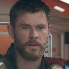 Thor opta por encargarse de Hela.