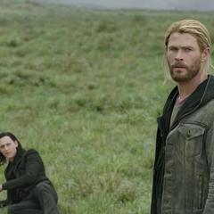 Thor y Loki llegan a Noruega.