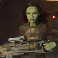 Gamora decide ir a salvar a Quill antes de ser detenida por Rocket.