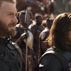 Rogers con sus aliados se preparan para luchar.