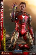 I am Iron Man Hot Toys 8