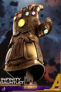 Infinity Gauntlet Hot Toys 7