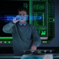 Fitz crea un holograma del Cayado Berserker.