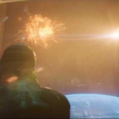 Ronan observa a Danvers enfrentar a la flota de los Acusadores.