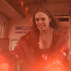 Wanda deteniendo el paso del tren con sus poderes.