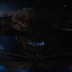 La <i>Statesman</i> es interceptada por el <i>Santuario II</i>.