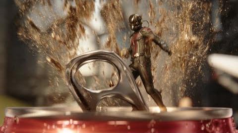 Coca-Cola Coke Mini (Hulk vs. Ant-Man)