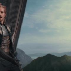 Fandral se prepara para combatir con los Einherjar.