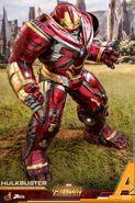 Hulkbuster Infinity War Hot Toys 14