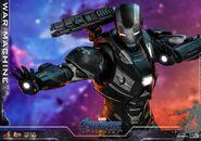 Endgame War Machine Hot Toys 13