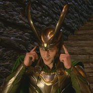 Loki behind the scenes Thor 01
