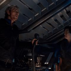 Pietro desconecta los cables del Arca.
