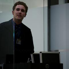 Fitz tiene un problema con una puerta del Hub.