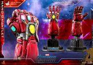 Nano Gauntlet Hot Toys 19