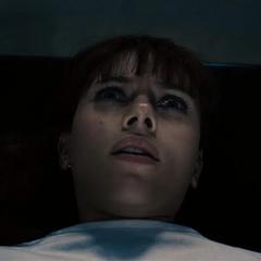 Romanoff es llevada a ser esterilizada.