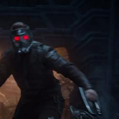 Quill activa su dispositivo en Stark.