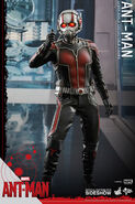 Ant-Man Hot Toys 1