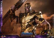 Endgame Thanos Hot Toys 16
