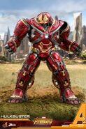 Hulkbuster Infinity War Hot Toys 4