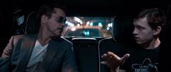 Peter y Stark hablando
