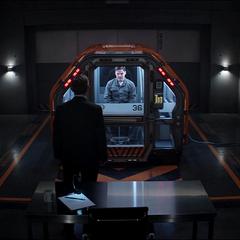 Ross visita la celda de Zemo.