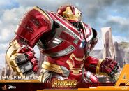 Hulkbuster Infinity War Hot Toys 9