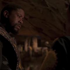 T'Chaka le explica de su misión a T'Challa.