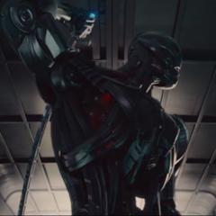 Ultrón se desconecta del Arca para enfrentar a los Vengadores.
