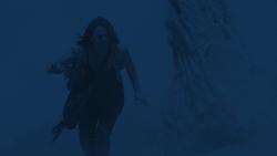Jemma Simmons rescatada