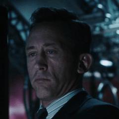 Paul Sklar como Agente de S.H.I.E.L.D. #4