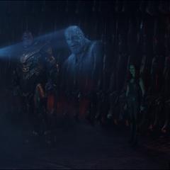 Maw le muestra a Thanos los recuerdos de Nebula.